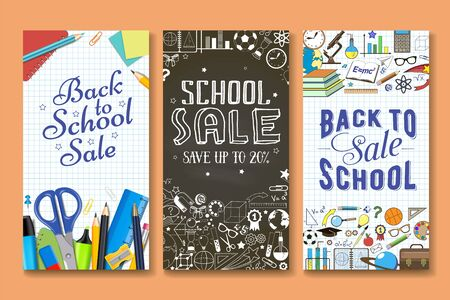 Terug naar school verkoop banner vector sjabloon set. Briefpapier en andere schoolartikelen met handschrift op werkboekblad en schoolbordachtergrond. Kortingen, speciale aanbiedingen promotie.