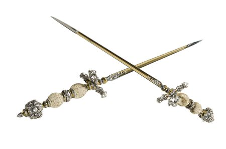 daggers: Stiletto - secret edged weapons in the Middle Ages