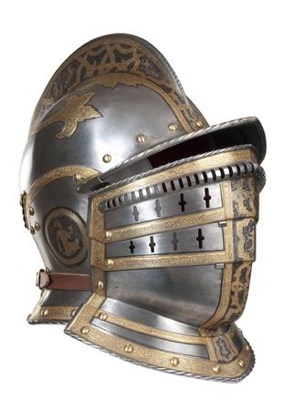 cavaliere medievale: Elmo di ferro del cavaliere medievale. Molto pesante copricapo. Archivio Fotografico