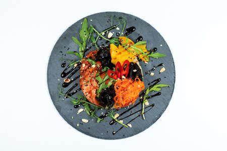 Hawaiian salmon fish poke bowl with rice, radish,cucumber, tomato, sesame seeds and seaweeds. Buddha bowl. Diet food 스톡 콘텐츠