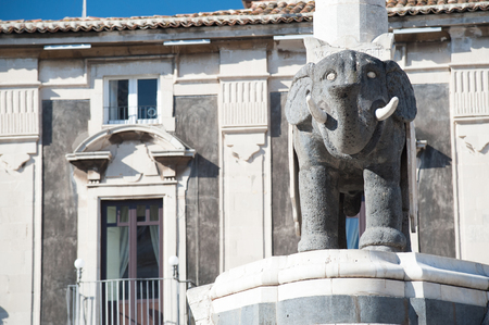 obelisk stone: The famous lava stone statue of an elephant and its obelisk in Catania, Sicily, the symbol of the town