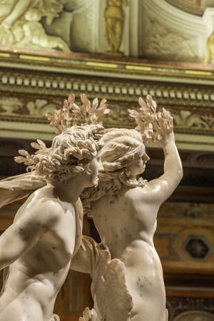 Daphne And Apollo Bernini Sculpture: Unrequited Love. Borghese Gallery. Rome, Italy 스톡 콘텐츠
