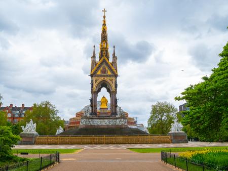 Albert Memorial in Londons Hyde Park. Prince Albert Memorial, Gothic Memorial to Prince Albert in London, United Kingdom.