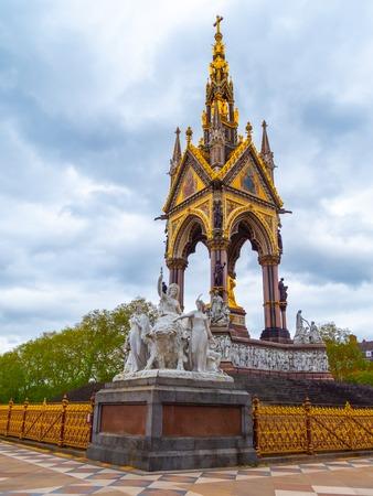 American themed sculptures at the Albert Memorial in London, UK, at Kensington Gardens, in memory of Prince Albert. Prince Albert Memorial, Gothic Memorial to Prince Albert. London.