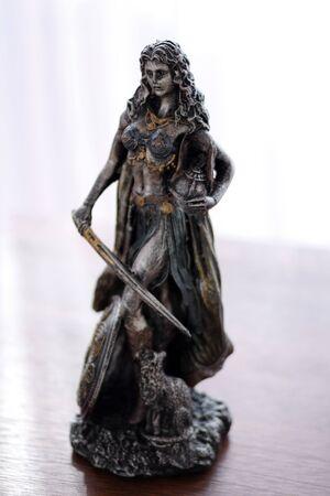 Freya norse Goddess of love, beauty and fertility statue Imagens