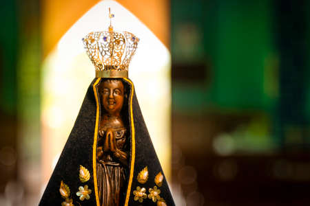 sculpture of the image of Our Lady of Aparecida, mother of Jesus in the Catholic religion, patroness of Brazil Imagens