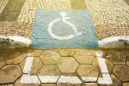 accessibility ramp for wheelchair users with accessibility symbol design Imagens