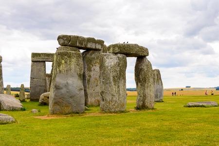 druid: Stonehenge, a prehistoric monument in Wiltshire, England.
