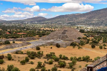 Maanpiramide van de Piramide van de Zon, Teotihuacan, site van vele Meso-Amerikaanse piramides gebouwd in het precolumbiaanse Amerika. UNESCO Wereld Erfgoed