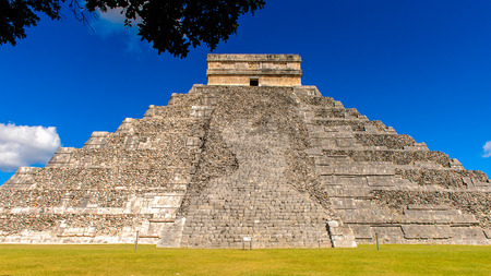 pre: El Castillo (Temple of Kukulcan),  a Mesoamerican step-pyramid, Chichen Itza. It was a large pre-Columbian city built by the Maya people of the Terminal Classic period. UNESCO World Heritage