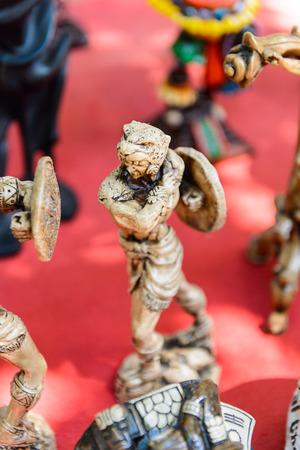 Little Statues, Authentic handcraft souvenirs of maya civilisation Foto de archivo