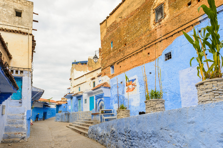 Blue walls of the houses  of Chefchaouen, Morocco. Redactioneel