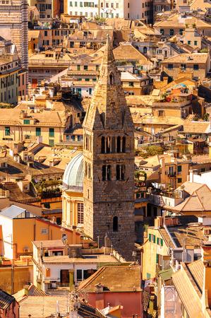 Architektur des alten Hafens von Genua . Genua ist die Hauptstadt von Katalonien und der gleichnamigen Stadt in Italien Standard-Bild - 91721438