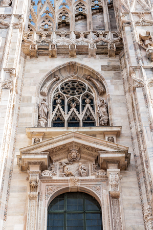 Close view of the Milan Cathedral (Duomo di Milano),  the largest cathedral in Italy Banque d'images