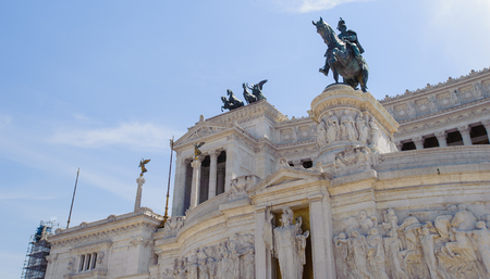 Part of the Altare della Patria (Altar of the Fatherland), is a monument built in honour of Victor Emmanuel, the first king of a unified Italy, located in Rome, Italy.It occupies a site between the Piazza Venezia and the Capitoline Hill. 新聞圖片