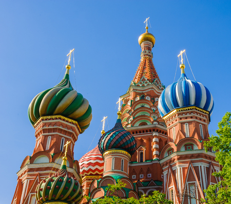 Cathedral of the Protection of Most Holy Theotokos on the Moat, Moscow,  Russia 報道画像