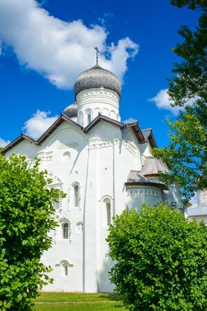 Transfiguration Monastery on a sunny day in the town of Staraya Russa, a town in Novgorod District, Russia Banque d'images
