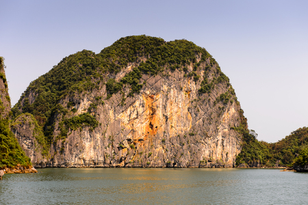 Ha Long bay islands in the Indochina sea. UNESCO World Heritage site 스톡 콘텐츠