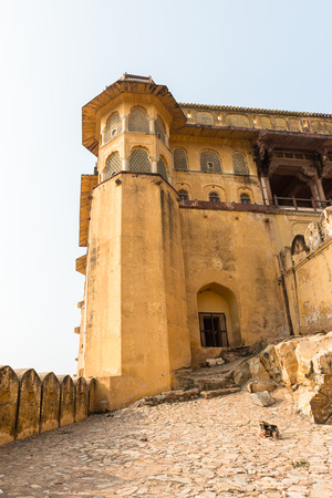 Walls of the Amer Fort (Amber Fort and Amber Palace), a town near Jaipur, Rajasthan state, India. UNESCO World Heritage Site as part of the group Hill Forts of Rajasthan. Редакционное