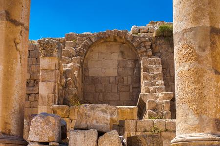 Close view of the ruins of the Ancient Roman city of Gerasa of Antiquity , modern Jerash, Jordan Stock Photo