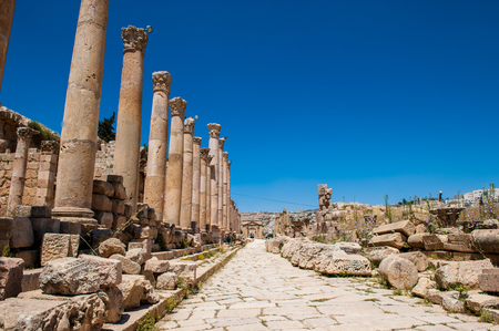 Close view of the ruins of the Ancient Roman city of Gerasa of Antiquity , modern Jerash, Jordan Banque d'images