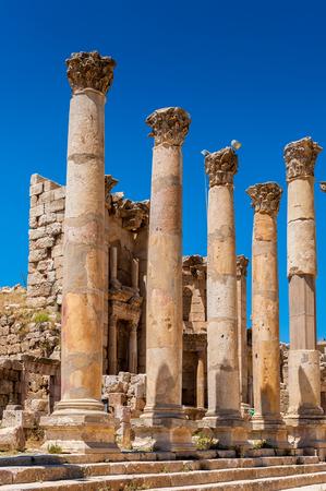 Colonnes du cardo maximus, ancienne ville romaine de Gerasa de l'Antiquité, Jerash moderne, Jordanie Banque d'images - 92289642