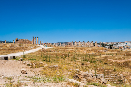 Colonnade of the Ancient Roman city of Gerasa of Antiquity , modern Jerash, Jordan Stock Photo