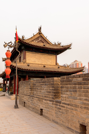 Pagoda on the Xian City Wall. Fortifications of Xi'an and Xi'an City Wall. 版權商用圖片 - 92383995
