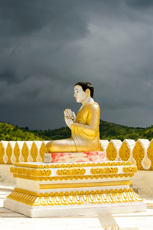 Maha Bodhi Ta Htaung ('a thousand great Bo trees'), a famous Buddhist region and monastery, Monywa Township, Sagaing Area, Myanmar (Burma) Standard-Bild