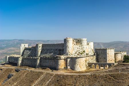 Krak des Chevaliers, ook Crac des Chevaliers, is een kruisvaarderskasteel in Syrië en een van de belangrijkste bewaarde middeleeuwse kastelen ter wereld.
