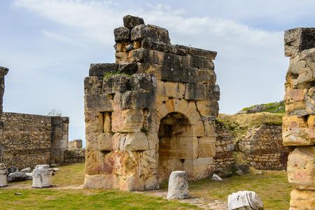 Martyrion of Saint Philip, ancient ruins in Hierapolis, Pamukkale, Turkey. 版權商用圖片