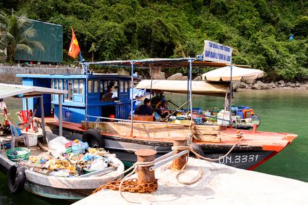 HA LONG BAY, VIETNAM - SEP 23, 2014:  Unidentified people in the Halong bay, Vietnam. UNESCO World Heritage Editoriali