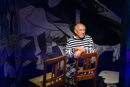 AMSTERDAM, PAESI BASSI - 26 OTTOBRE 2016: Pablo Picasso, pittore spagnolo, scultore, incisore, ceramista, museo delle cere di Madame Tussauds di Amsterdam. Una delle popolari attrazioni turistiche Editoriali