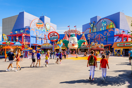 LOS ANGELES, USA - SEP 27, 2015: Krusty land at The SImpsons area of the Universal Studios Hollywood Park. The Simpsons is an American animated sitcom by Matt Groening Redactioneel