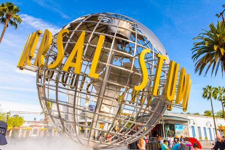 LOS ANGELES, USA - SEP 27, 2015: Universal Studios globe at the Entrance into the Universal Studios Hollywood Park. Universal Pictures company was created on June 10, 1912 Redakční