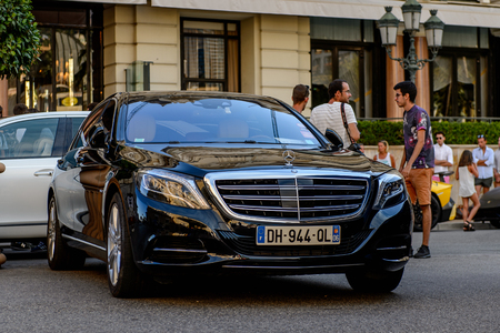 MONTE CARLO,  MONACO - AUG 13, 2017: Mercedes car in Monte Carlo, a place with lots of new high class automobiles 에디토리얼