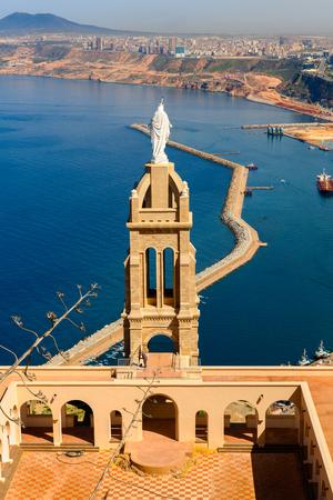 Chapel Santa Cruz fort of Oran, a coastal city of Algeria Stok Fotoğraf - 108758546