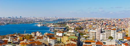 Bosphorus river and the Istanbul city panorama 版權商用圖片