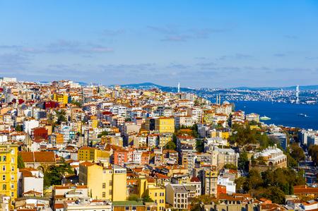 Cityscape of Istanbul, Turkey over the Bosphorus river 版權商用圖片