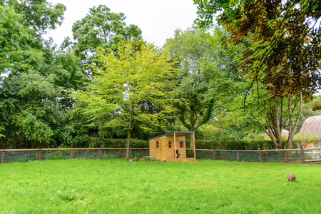 Bunratty village (End of the Raite river) is an authentic small village in County Clare, Ireland 免版税图像