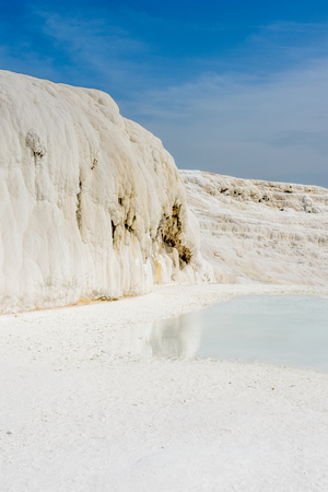 Natural travertine pool in Pamukkale ,Turkey. Banco de Imagens