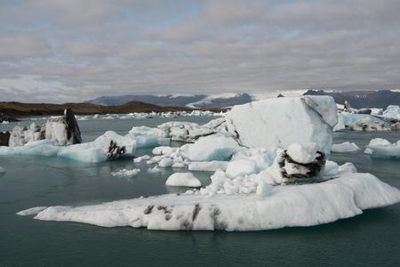 Beautiful view of Jokulsarlon, a large glacial lake in southeast Iceland, Vatnajokull National Park 免版税图像