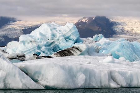 Beautiful view of Jokulsarlon, a large glacial lake in southeast Iceland, Vatnajokull National Park Imagens