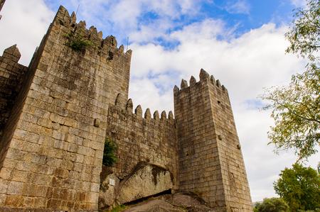 Guimaraes castle, Portugal. UNESCO World Heritage Éditoriale