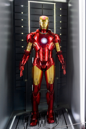 LAS VEGAS, NV, USA - SEP 20, 2017: Red and Yellow Iron Man costume at the Tony Stark base at the Avengers experience in Las Vegas. Редакционное