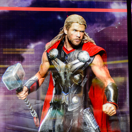 LAS VEGAS, NV, USA - SEP 20, 2017: Chris Hemsworth as Thor on the screen Avengers Station complex in Las Vegas. Sajtókép