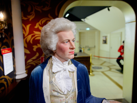 VIENNA, AUSTRIA - OCT 4, 2017: Wolfgang Amadeus Mozart,  an influential composer of the Classical era, Madame Tussauds wax museum in Vienna. Imagens - 114100801