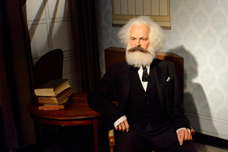 VIENNA, AUSTRIA - OCT 4, 2017: Karl Marx,a German philosopher, economist, political theorist, sociologist, journalist and revolutionary socialist, Madame Tussauds wax museum in Vienna. 報道画像