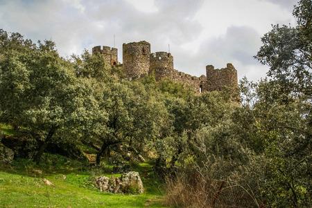 extremadura: Ruins of a castle at Salvatiera de los Barros, Extremadura, Spain Stock Photo