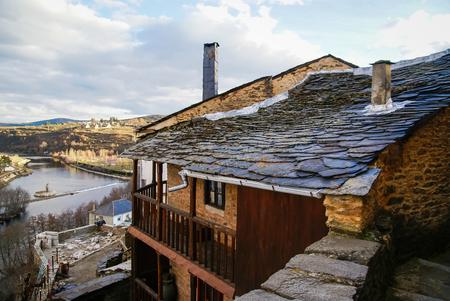 castilla y leon: Winter landscape in Puebla de Sanabria, Castilla y Leon, Spain